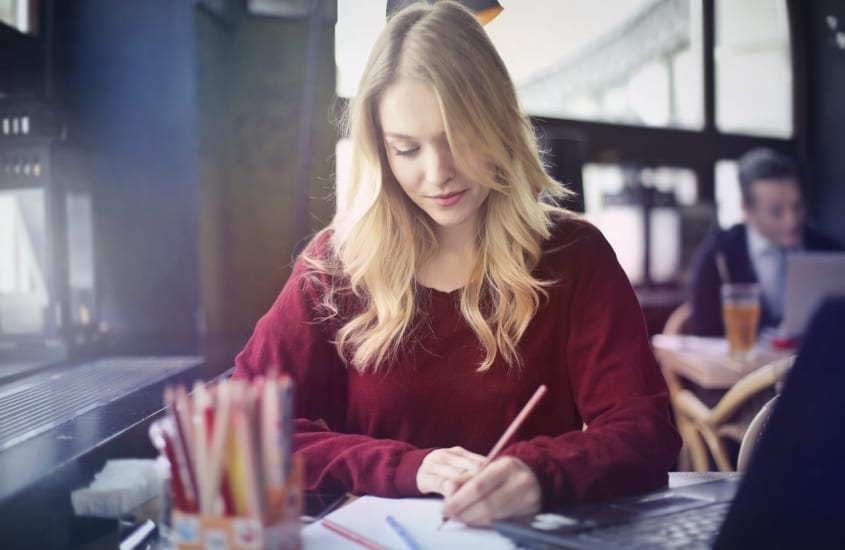 10 Best Creative Writing Careers