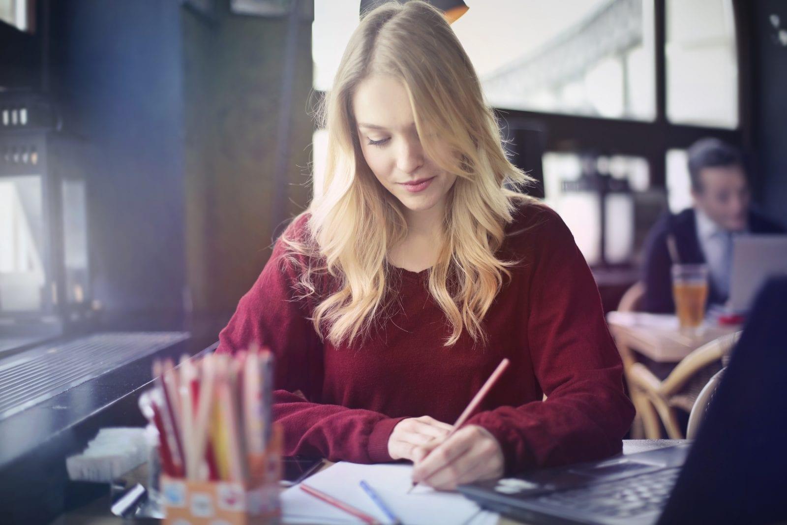 How to write essay describing yourself